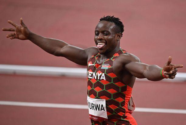 Ferdinand Omurwa juoksi Tokion olympialaisten 100 metrillä.