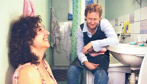 Frederikillä on kaikki: menestyvä makkarakioski ja tyttöystävä, joka on raskaana. Mutta sitten kaikki romahtaa.