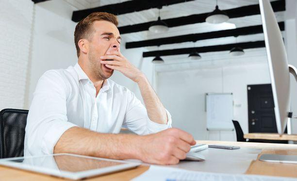 Sydneyn yliopiston tutkijoiden mukaan ihmiset olisivat tuottavampia, jos he työskentelisivät oman vuorokausirytminsä mukaan.