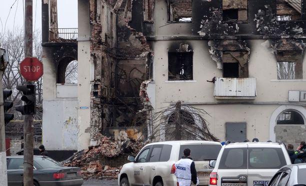 Taistelujen jäljet näkyvät Donetskin kaupungissa.