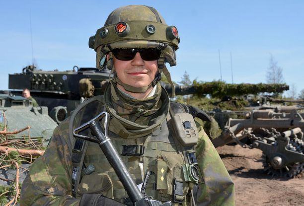 Kokelas Elmo Kekkonen uskoo kansainvälisen harjoituksen tuovan uutta motivaatiota palvelukseen.