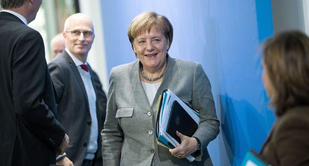 Angela Merkel jättää pitkän uransa konservatiivipuolueensa johdossa.