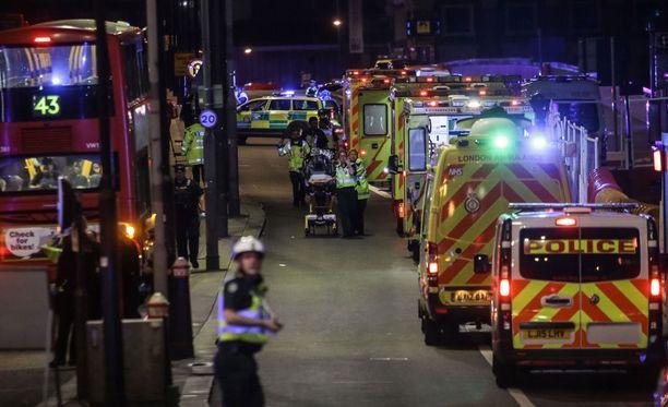 Jalkapallokannattaja toimi sankarillisesti Lontoon terrori-iskun aikana.