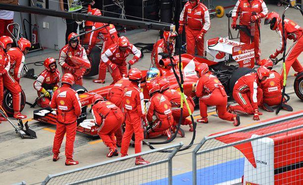 Ferrarin toiminta ei ole vakuuttanut Gary Andersonia.