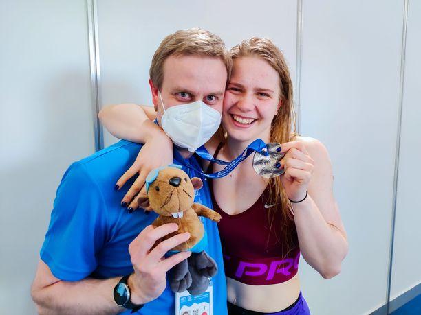 Jere Jännes ja Ida Hulkko ovat hyviä ystäviä.