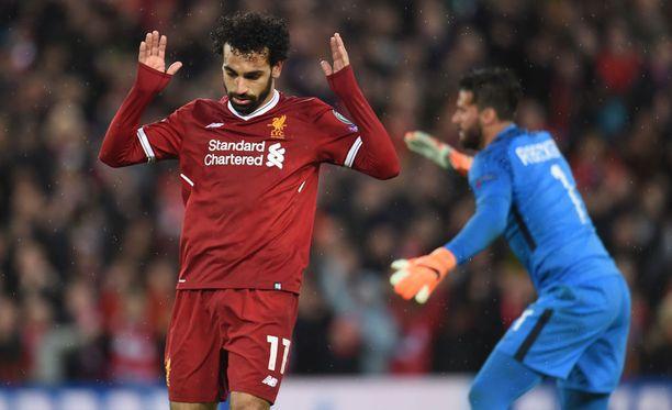 Mo Salah näytti pyytävän anteeksi 2-0-maaliaan entisiltä seurakavereiltaan.