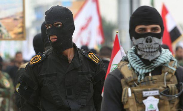 Turvapaikanhakijoiden joukossa on syyrialaisia Isis-järjestön terroristeja ja sotarikollisia, varoittaa National Center for Justice -järjestö.