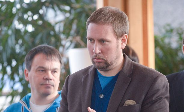 Paavo Arhinmäki edusti Suomea kulttuuri- ja urheiluministerinä Sotshin olympialaisissa.