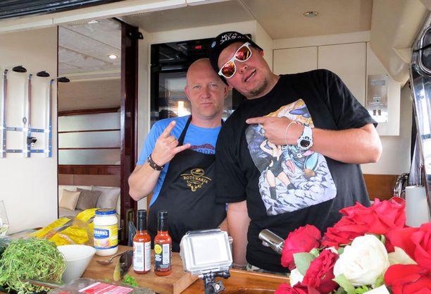 Stefan Richter kokkaa muiden muassa Petri Nygårdin kanssa.