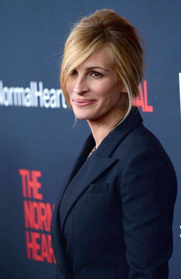 Elokuva-alan palkintoehdokkaana Roberts on ollut yli 96 kertaa.