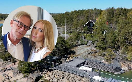 Topi ja Nadja Sukari esittelevät tänään tv:ssä hulppean kesähuvilansa