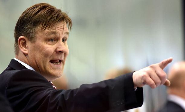 Iltalehden tietojen mukaan Raimo Summanen saa jatkaa Espoo Unitedin palkkalistoilla.