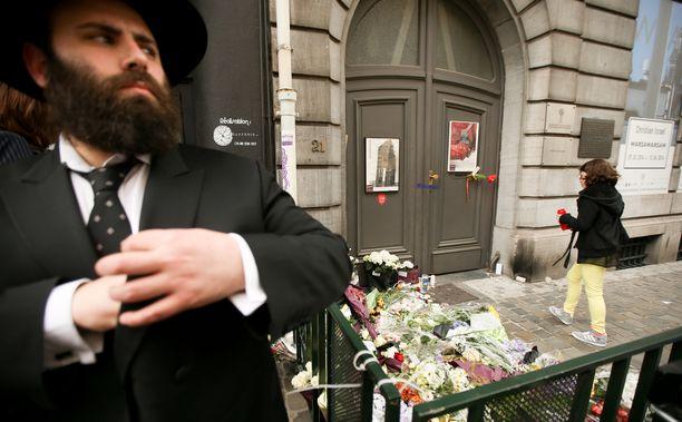 Juutalaismuseoon tehdyssä iskussa kuoli neljä ihmistä. Oikeudenkäynti alkoi tänään.