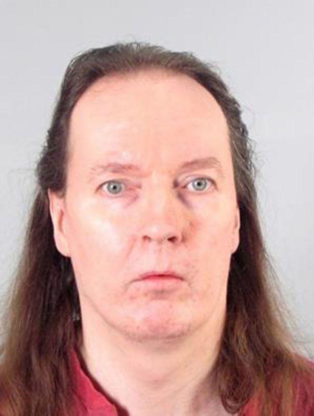 Poliisi otti Michael Penttilän kiinni huhtikuussa.