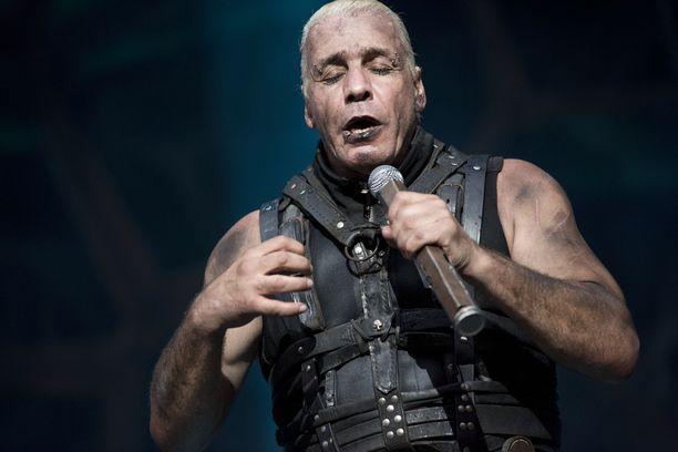 Till Lindemann ja Rammstein Rock The Beach -festivaalilla.