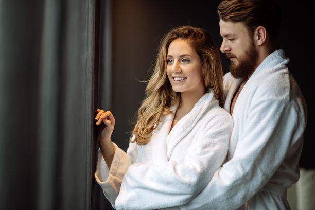 Ruotsalaisen hotelliketjun väki uskoo, että kotioloissakin pääsee romanttisen kylpyläviikonlopun tunnelmaan.