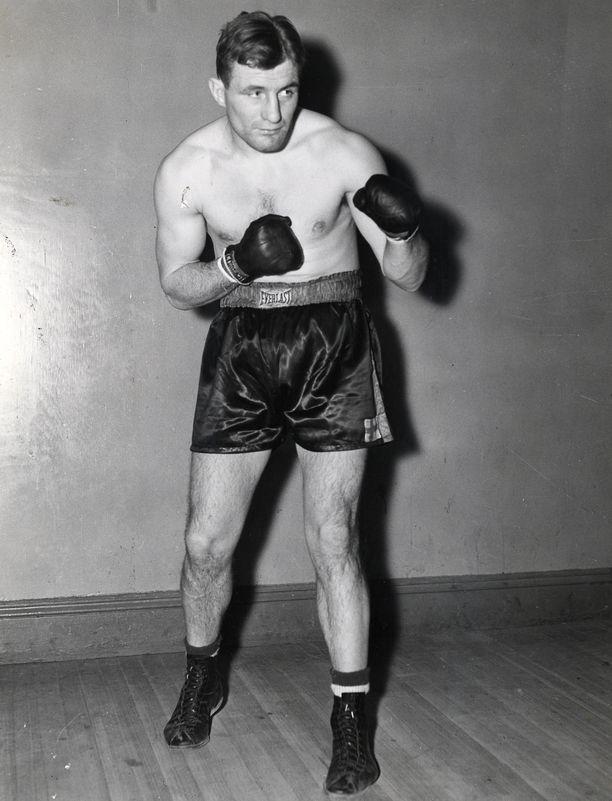 Gunnar Bärlund iski Madison Square Gardenissa kahdesti vuonna 1938. Eva Wahlström seuraa GeeBeen jäljillä 80 vuotta myöhemmin.