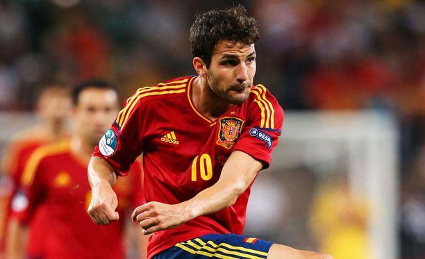 Cesc Fabregas palaa Espanjan hyökkäykseen.