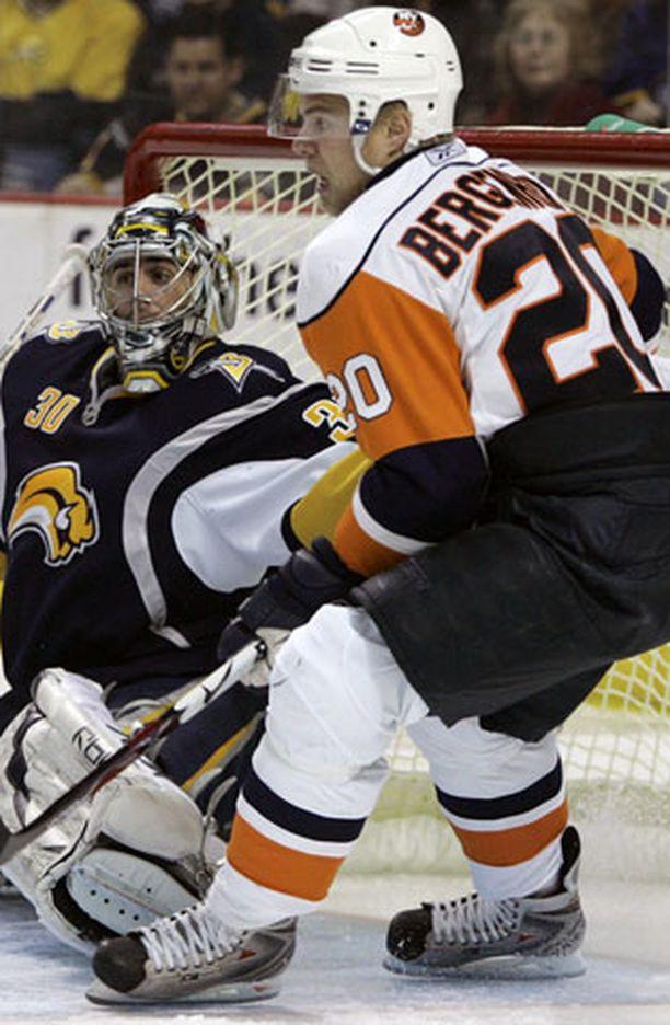 Nwe York Islandersin Sean Bergenheim sai kauden kuudennen tehopisteensä.