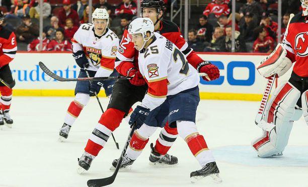 Henrik Haapala (25) pelasi viisi NHL-peliä Florida Panthersin paidassa.