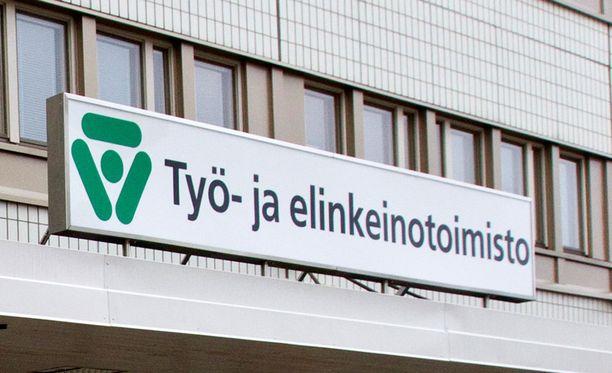Kansanedustajan mukaan TE-toimistot ovat omaksuuneet pitkäaikaistyöttömien kannalta kohtuuttoman tulkinnan laista.