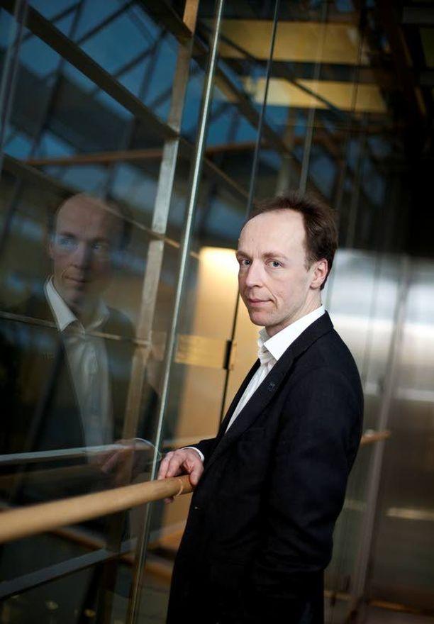 Jussi Halla-aho uskoo, että äänestäjät toivoisivat perussuomalaisten erottuvan paremmin muista puolueista.
