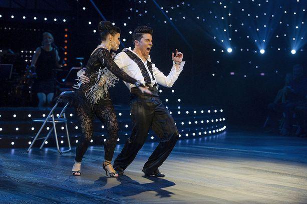 Ansku Bergström ja Antti Tuisku eivät jättäneet ketään kylmäksi Tanssii tähtien kanssa -kisassa.