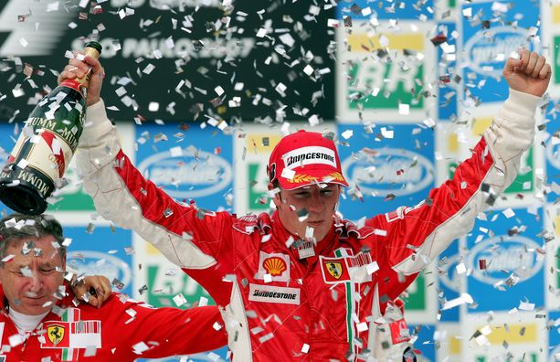 Räikkösen uran kirkkain kruunu on Ferrarilla vuonna 2007 saavutettu maailmanmestaruus.