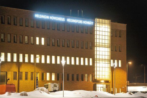 Helsingin hovioikeus kuuli Porvoon raiskausten uhria ilman yleisön läsnäoloa viime talvena.