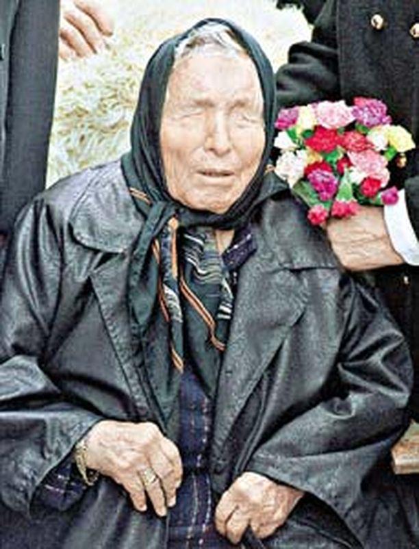 Vuonna 1911 syntynyt Baba Vanga sokeutui 12-vuotiaana pyörremyrskyn riepoteltua häntä.