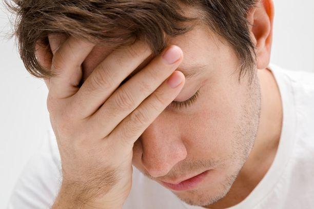 Nuorilla aivoinfarkti voi oireilla hyvinkin epätyypillisesti. Silti hoitoon pitäisi päästä nopeasti.