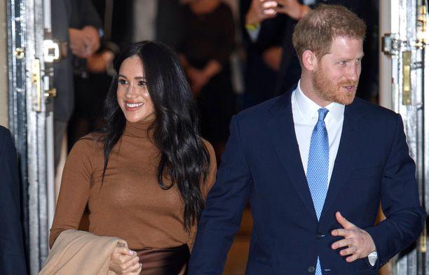 Prinssi Harry ja herttuatar Meghan jättivät jäähyväiset Instagram-tilillään.