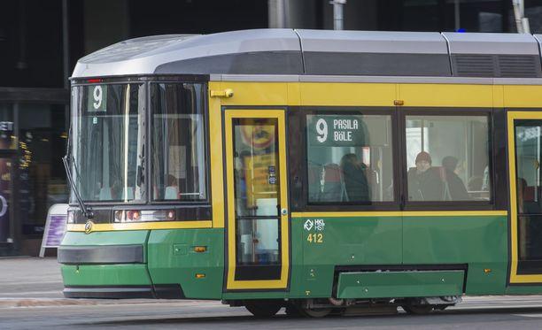 Saksassa Brandenburgin osavaltiossa sijaitsevien Rüdersdorfin ja Schöneichenin kuntien välillä alkaa liikennöidä kaksi suomalaista raitiovaunua. Kuvituskuva.