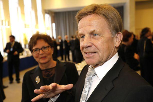 Yritystukityöryhmän puheenjohtaja, eduskunnan varapuhemies Mauri Pekkarinen (kesk).
