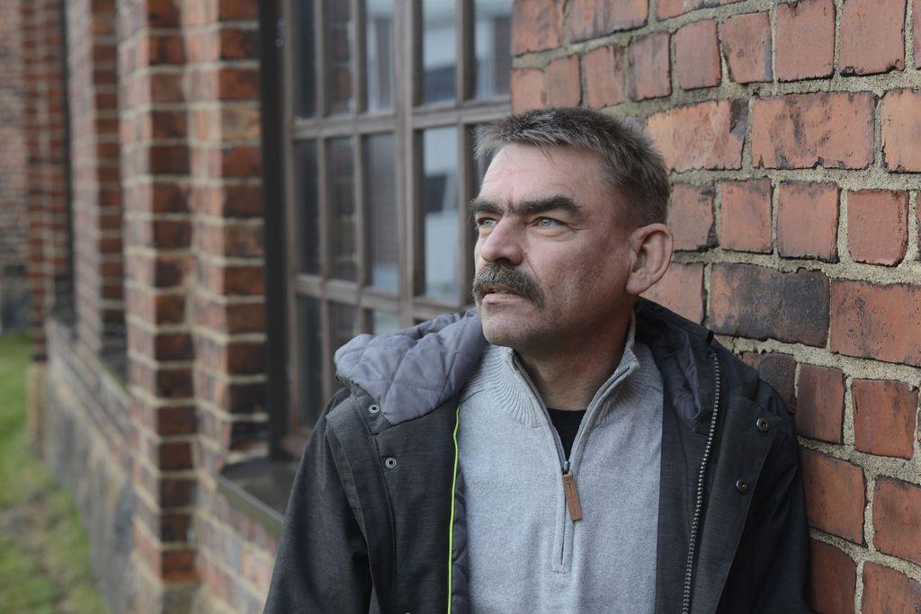 Mika Suomalainen kävi tapaamassa toista poikansa murhaajista.