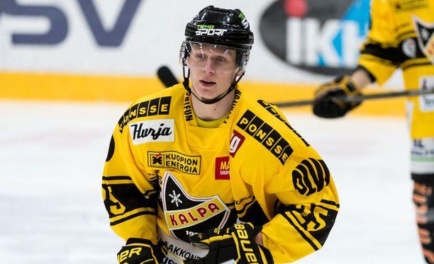Otto Leskinen napautti liigauransa ensimmäisen osuman KalPan voitossa.