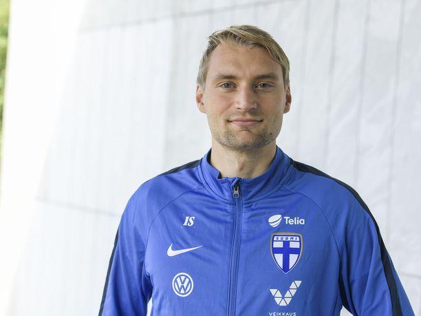 Tim Väyrynen siirtyy HJK:n riveihin.