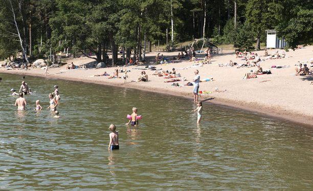 Suomessa nautitaan ennätyskuumasta kesästä.