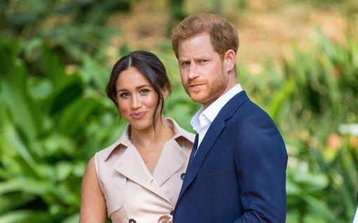 Herttuatar Meghan muutti poikansa syntymätodistusta – nimiä pois