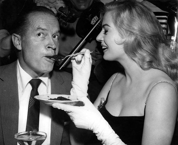 Bob Hopen kanssa Ekberg näytteli komediassa Paris Holiday (1958).