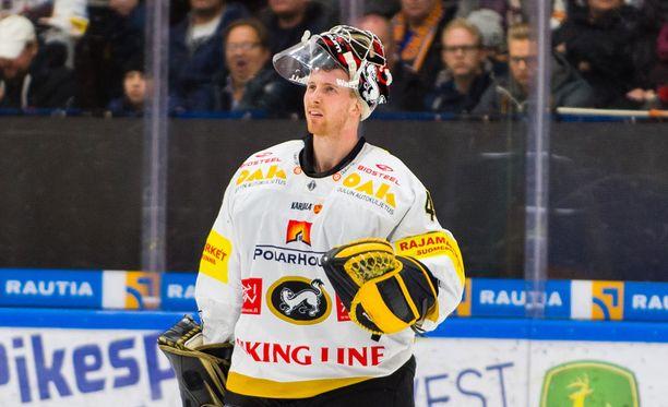 Jussi Rynnäs jatkaa Kärpissä vuoteen 2019.