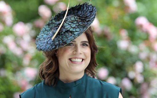 Tältä esikoistaan odottava prinsessa Eugenie näyttää nyt – tuoreet kuvat