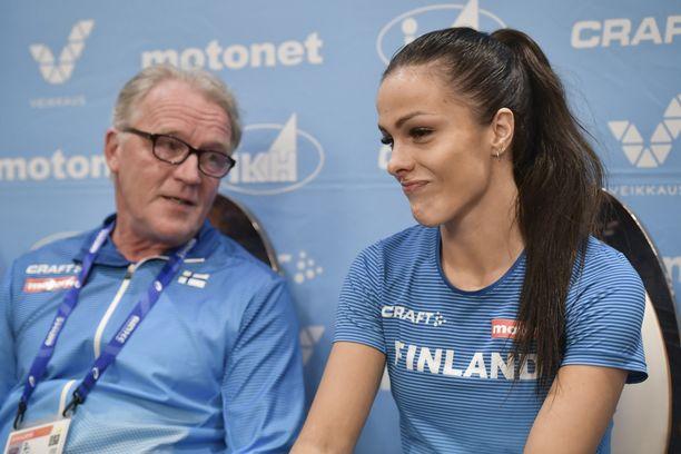 Matti Liimatainen valmentaa Maria Huntingtonia.