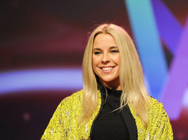 Krista Siegfrids on euroviisuissa Ruotsin yleisradioyhtiön SVT:n juontaja.