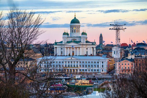 Suomea pidetään yleisesti ottaen turvallisena matkailumaana. Moni maa kuitenkin muistuttaa, ettei terrori-iskujen mahdollisuutta voi sulkea pois Suomessakaan.