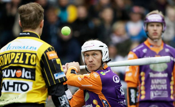 Sotkamon Toni Kohonen oli vireessä tiistaina Helsingissä pelatussa matsissa Kouvolaa vastaan.