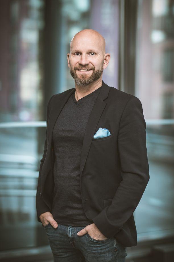 Henri Tuomilehto on erikoislääkäri ja dosentti.