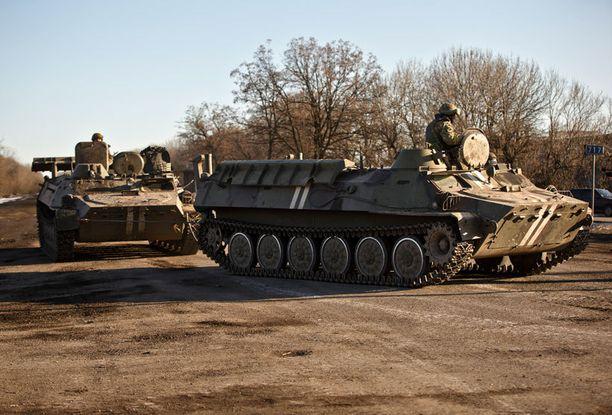 Poroshenko ilmoitti keskiviikkona joukkojen vetäytymisestä.