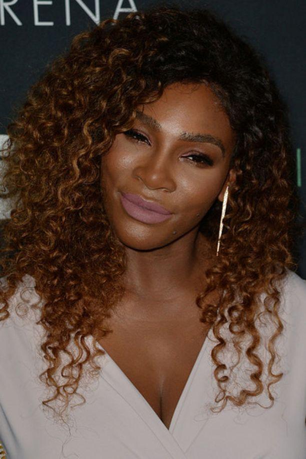 Serena Williams puhui televsion aamuohjelmassa ystävänsä Meghan Marklen häistä.