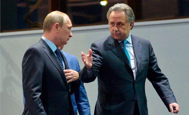 Presidentti Vladimir Putin ja urheiluministeri Vitali Mutko